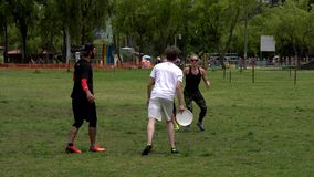 Frisbeemateriel stock video