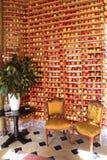 Frisch-ausgewählte Äpfel, die tadellos die Gestelle des Vestibüls am Micheline-Sternrestaurant Bouley in Tribeca-neighborhoo ausr Stockbild