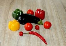 Frisch de la comida del huevo del ajo del arco de los tomates de las pastas Fotos de archivo