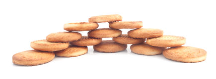 Frisch gebackene Kekse schön ausgebreitet Stockbild