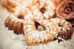 Frisch gebackene kleine Kuchen Lizenzfreies Stockfoto