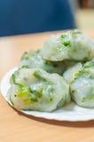 Frisch gebackenes Guichai, chinesischer Mehlkloß gemacht vom Mehl und vom Gemüse Lizenzfreie Stockfotos