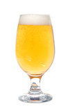 Frisch gegossenes Bier Stockfoto