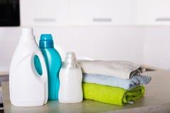 Frisch gewaschene Wäscherei Stockbilder