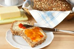 Frisch selbst gemachtes Brot Stockfotografie