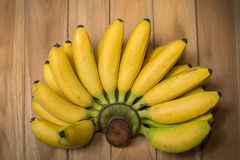 Frische Bananen an Stockfotografie