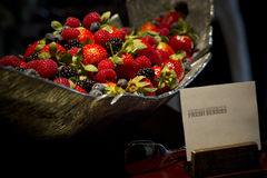 Frische Beeren-Schüssel Lizenzfreie Stockfotografie