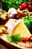 Frische Bestandteile für das gesunde italienische Kochen Stockfotografie