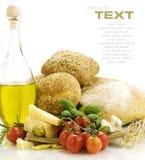 Frische Bestandteile für ein italienisches Abendessen Stockfotografie