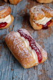 Frische Creme-Kuchen Lizenzfreies Stockfoto
