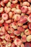 Frische Donutpfirsiche Hintergrund, Foto gemacht an den lokalen Landwirten Mrz Lizenzfreies Stockbild