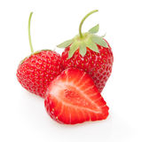 Frische Erdbeere getrennt auf Weiß. Stockbild