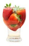 Frische Erdbeere im Glas Stockbild