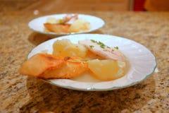 Frische Fische für Ihre Familienmahlzeiten Stockbilder