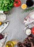 Frische Fische und Gemüse Stockbild