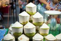 Frische Frucht im Nachtmarkt von Thailand lizenzfreie stockfotografie