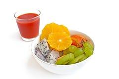 Frische gesunde Frucht und Saft Lizenzfreies Stockbild