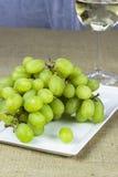 Frische grüne Trauben Stockfotos