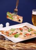 Frische heiße Pizza - Nahaufnahme Stockfotos