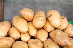 Frische Kartoffeln stockfoto
