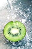 Frische Kiwi stockbilder