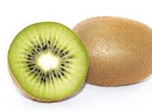 Frische Kiwi lokalisiert im weißen Hintergrund lizenzfreie stockbilder