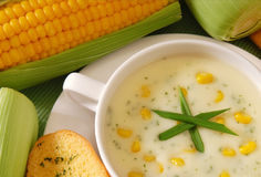 Frische Maissuppe Lizenzfreie Stockfotos
