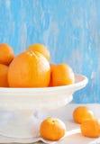 Frische Orangen und Mandarinen Stockbild