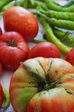 Frische organische Tomaten und Pfeffer stockfoto