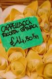 Frische Ricotta und Spinat Cappellacci Teigwaren Stockfoto