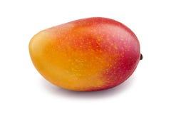 Frische saftige Mangofrucht lokalisiert auf dem weißen Hintergrund Stockbilder