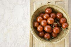 Frische saftige rote Kirschtomaten Lizenzfreies Stockfoto