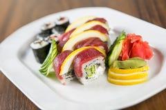 Frische Sushi Rolls Stockbilder