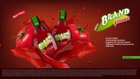 Frische Tomate Juice In Glass Bottle With Juice Splash Stockbilder