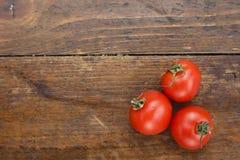 Frische Tomaten Es kann als Hintergrund verwendet werden Selektiver Fokus Lizenzfreies Stockfoto