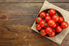 Frische Tomaten Es kann als Hintergrund verwendet werden Selektiver Fokus Lizenzfreie Stockfotos