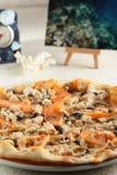 Frische und heiße Pizza Lizenzfreies Stockbild