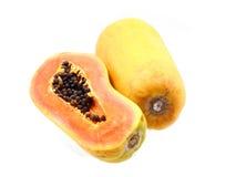 Frische und reife Papaya Lizenzfreie Stockbilder