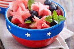 Frische Wassermelone mit Blaubeeren Lizenzfreie Stockfotos