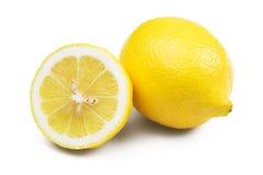 Frische Zitrone lokalisiert auf weißem Hintergrund Lizenzfreies Stockfoto