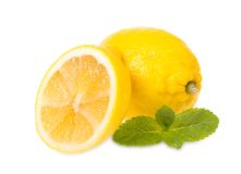 Frische Zitronen und Minze Lizenzfreie Stockfotografie