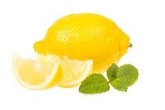 Frische Zitronen und Minze Lizenzfreies Stockbild