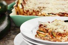 Frische Zucchini-Lasagne stockbilder