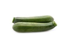 Frische Zucchini lokalisiert auf Weiß Stockfotografie