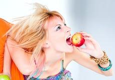 Frischer Apfel für das Mittagessen Lizenzfreies Stockfoto