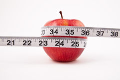 Frischer Apfel getrennt auf weißem Hintergrund Stockbilder