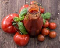 Frischer gemachter Tomate-Ketschup Lizenzfreie Stockfotografie