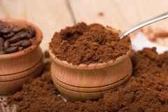 Frischer gemahlener Kaffee Lizenzfreies Stockbild