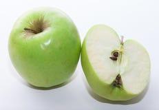 Frischer grüner Apfel mit Apfel halbes #7 Stockfoto