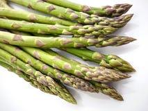 Frischer grüner Spargel - vegetarische Zartheit stockbilder